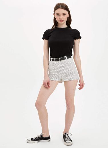 DeFacto Slim Fit Kısa Kollu T-Shirt Siyah
